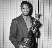 Sugar with his trophy