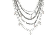 Avery Chains and Pearls