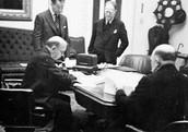 Major figures discussing the Statute