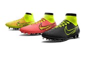 3 Nike Magista Boots