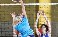 volley ball <3