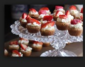 Chessecake strawberry cake