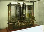 Las Primeras Computadoras eran Calculadoras gigantes