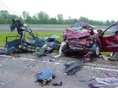 Friends don't let friends text and drive.