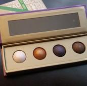 Sugar Plum baked eye shadow palette