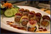 Spicy crispy maki with tuna