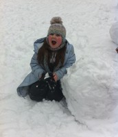 play in the snow...
