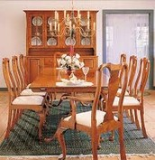 Queen Anne Dining Set