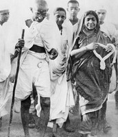 People joining Gandhi on his march