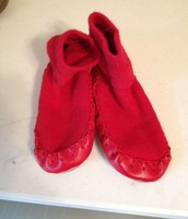 Hannah Andersson red slipper socks, size 10/12 - $5