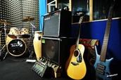 Cursos de chitarra, bajo y batería