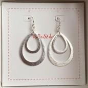 Lakin Teardrop Earrings $22 SOLD Laurie Moyer