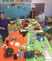 Parent Involvement at Cowart creating Holiday Spirit