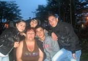 Familia..!