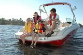 Me y mi familia gustaba montar en barco porque me gustaba esquiar