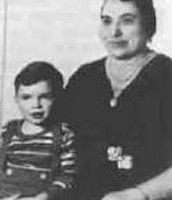 Capone with his mother Teresina