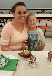 The Kindergarten Class Celebrated Moms with Muffins for Mom!