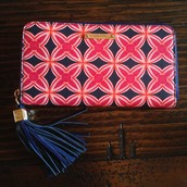 Mercer Zip Wallet - Navy/Red Medallion