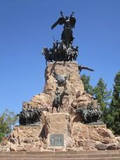 3 Main Monuments