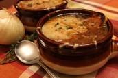 La sopa de cebolla - Con queso