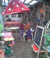 Kabouterkafee in de Sprookjes tuin tijdens de Kunst 10 daagse