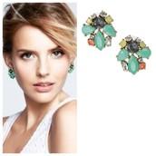 SOLD! Naomi Cluster Earrings