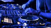 Equipo + DJ