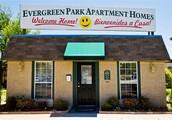 Bienvenidos a Evergreen Apartments!