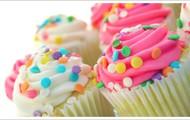 Martes 2/7 · Taller de decoración de cupcakes (magdalenas) ·