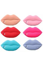 מגן שפתיים - lips case