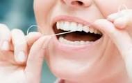 Usa adecuadamente el hilo dental