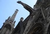 O grotesco presente na arquitetura