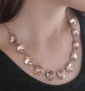 Somervell Necklace (peach)