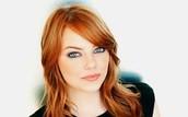 Hannah ( Emma stone)