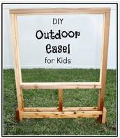 Nature Kindergarten Outdoor Easel