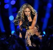 Beyoncé er söngvari