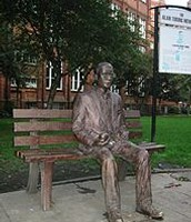 Cerflun o Alan Turing