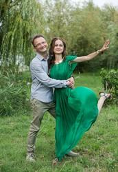 Din cele mai vechi timpuri dansul si muzica au fost folosite in procesele de vindecare si exprimarea de sine.