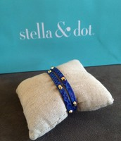 SOLD Hudson Wrap Blue - $15