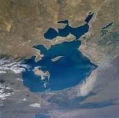 wat is er gebeurt met het meer?                  en wat is hiervan de oorzaak?