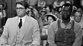 ATTICUS FINCH DEFENDS NEGRO IN COURT; WILL HE WIN OR LOSE?