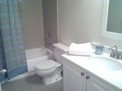 Newly Renovated Tile Bathrooms!
