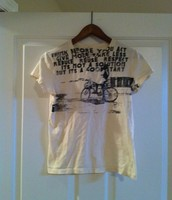 31. Hurley Med T-shirt, Fits Small