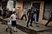 Mucha Violencia
