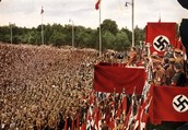 תמונה מנאום של היטלר בשנת 1933.