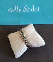 SOLD Silver Vintage Twist S/m $15