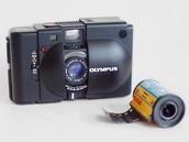 How ordinary film cameras work