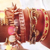 Des bracelets très fashion !