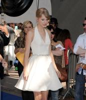 Teen Choice Awards 2011 Paparazzi Photo