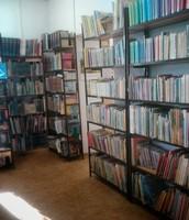 Bibliotekę z mnóstwem książek